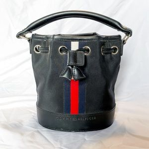 Tommy Hilfiger Mini Bucket Bag